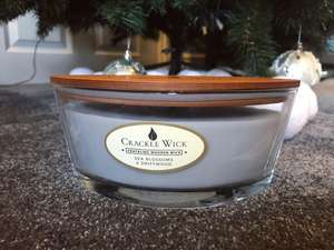 Large Crackle Wick two-wick candles JUST £5.99 in Home Bargains