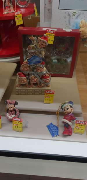 Disney Traditions Precarious Pyramid - 7 Dwarfs Figurine F-hinds in store - £17.50