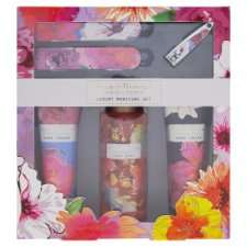 Floral Blooms Luxury Manicure Set @ Tesco for £2.49 instore