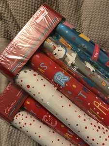 Christmas wrap pack of 4 rolls with gift tags now 99p was £5 instore @ Clintons
