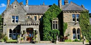 2 night 4* Cumbria Country House Stay + Breakfast, 2 Course Dinner and Glass of Prosecco £149 per couple at Travelzoo (more in post)