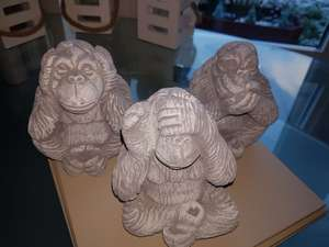 3 x Wise monkeys heavy stone £1.00 each @ Poundland