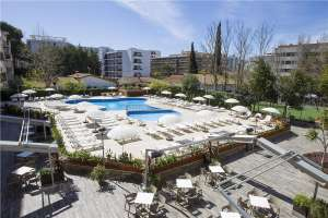 1 week holiday in Salou (from NCL) for 2, self catering, £530.96 total, including luggage & transfers at travel republic