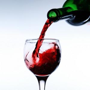 Vodafone veryme app free £10 bottle fizz majestic wine