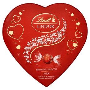 Lindt Lindor Milk Chocolate Heart Gift Box 160g for £1.24 @ Waitrose