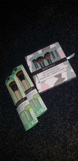 Eco tools makeup brush set instore at Boots for £2.70
