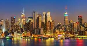 Direct return flight to New York from Manchester £217 (June Departures) @ TravelUp (Air Canada)