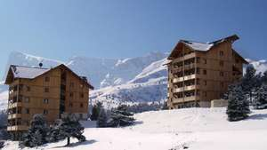 (Various Locations in France) 7 nights accommodation + Ski lift pass £59.74 - £85 p/p @ Snowtrex