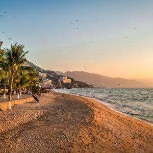 14 Nights Puerto Vallarta Mexico Late April - 2 people hotel inc breakfast + Rtn Flights Manchester 20kg luggage + Transfers £562.38pp @ Tui