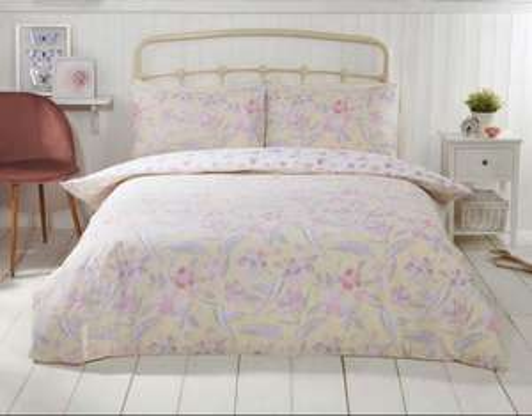 Flutter 180 thread count cotton rich reversible duvet sets single £6 / double £10 / King £14 free c&c @ Julian Charles