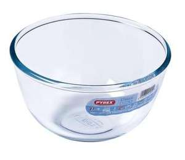Pyrex Classic mixing bowl glass 1 litre 75p instore @ Asda