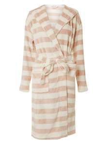 Less Than 1/2 Price : Super Soft Hooded Women's Dressing Gown Sizes XS, S, M, L . Was £26 - Now £7.80 @ Dorothy Perkins ( Free C&C )