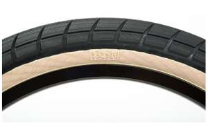 BSD Donnasqueak BMX Tyre RRP £26.99 NOW £4.99 at Evans Cycles