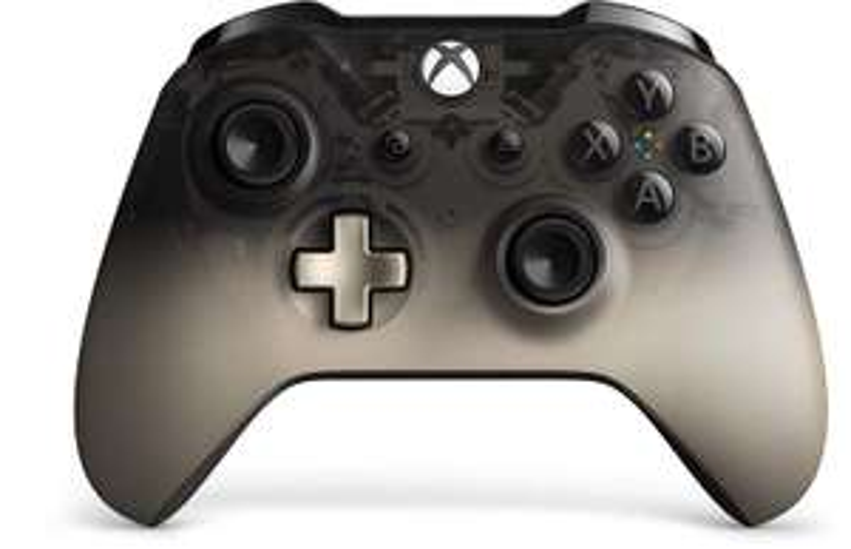 Official Xbox Phantom Black Special Edition Controller - £40 delivered @ Amazon