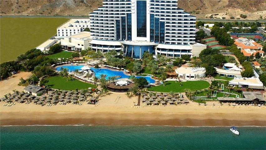 5* Le Meridien Al Aqah ( 90 mins from Dubai ) £2,028 Travel Republic