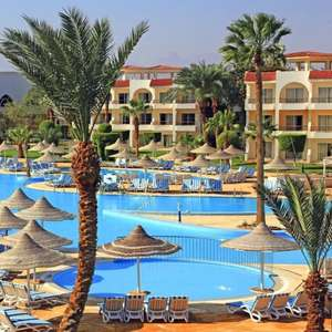 2 people 2 weeks all inclusive, 4 star, with amazing coral reef in Makadi Bay, Egypt. 28th May. £1004 - £502pp (couple) @ loveholidays