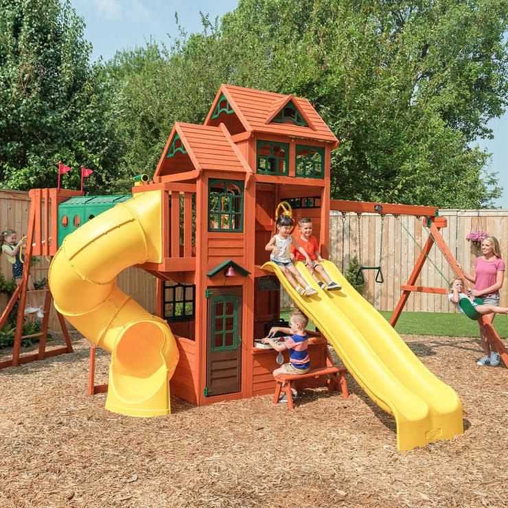 Cedar Summit Adventure Ridge Playcentre (3-10 Years) - £1,199.89 @ Costco