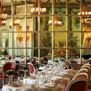 Three course dinner at The Michelin-starred Ritz for 2 with champagne - £110 (£55 per head) via Travelzoo