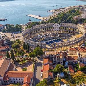 3 nights in Croatia for just £77 each (total £153.34) including flights, apartment and car hire @ Booking.com