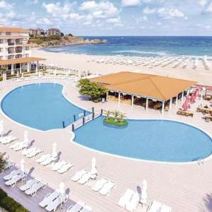 4* All Inclusive 7 nights in Bulgaria (Departing London STN) Including 15kg luggage & transfers £209p/p (£418.67 total) @ HolidayHypermarket