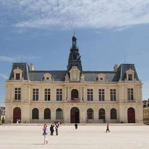 Pottering around Poitiers, France - 3 nights - £99pp based on two (£198) - 23rd June from Manchester via Ryanair/Booking