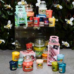 Official Yankee Candle 46 Piece Assorted Spring Summer Mega Selection Box now £40 (£38 w/ code) + FREE Delivery @ Yankee bundles