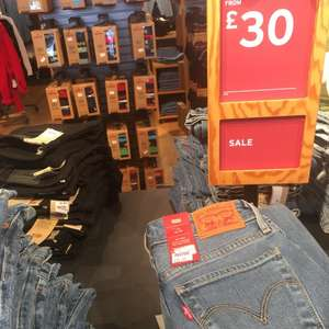 Men and Women's Levi Jeans - From £10 Instore @ Levi Outlet (Ashford)