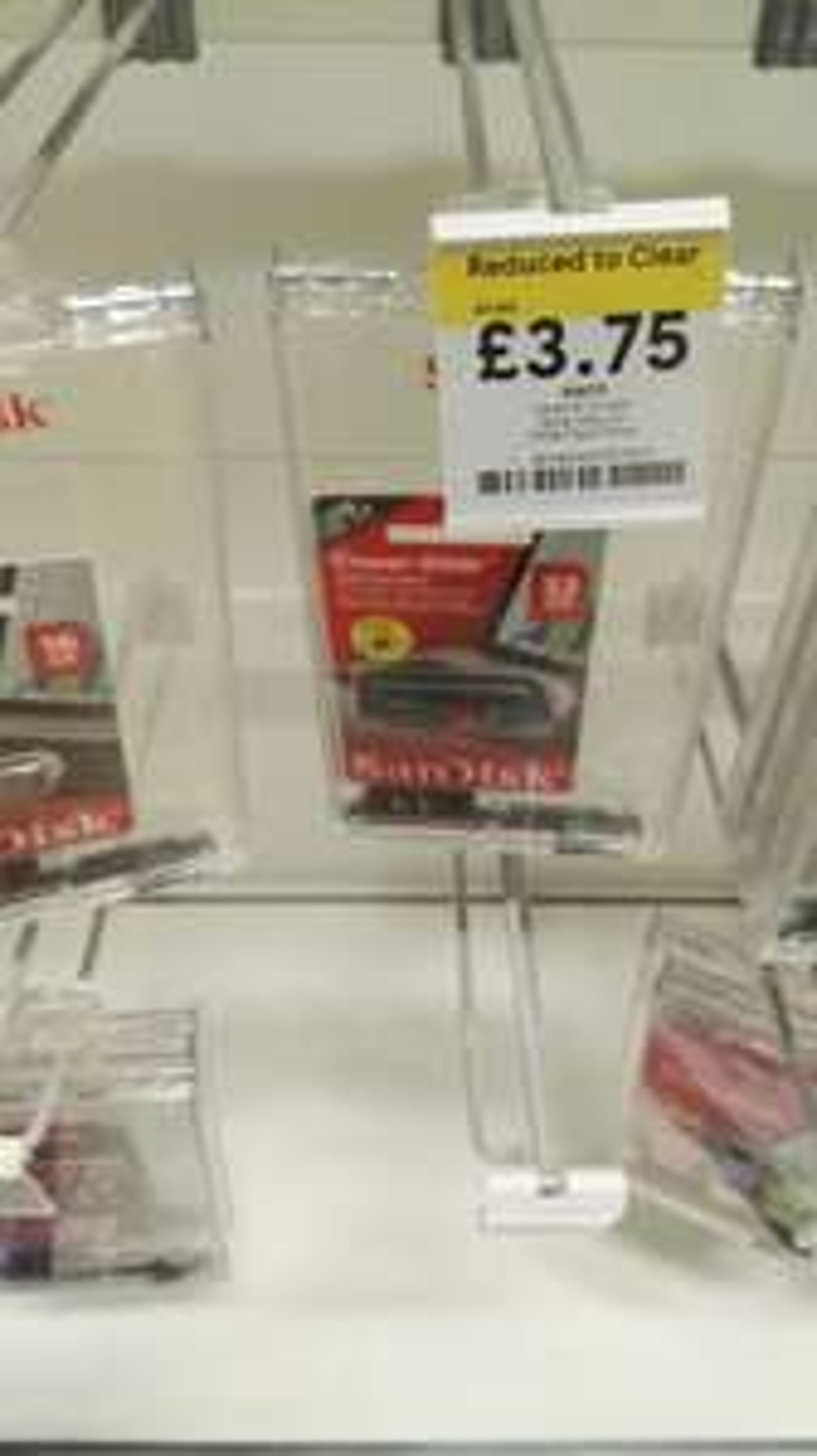 Sandisk cruzer glide usb stick 32gb £3.75 instore @ Tesco