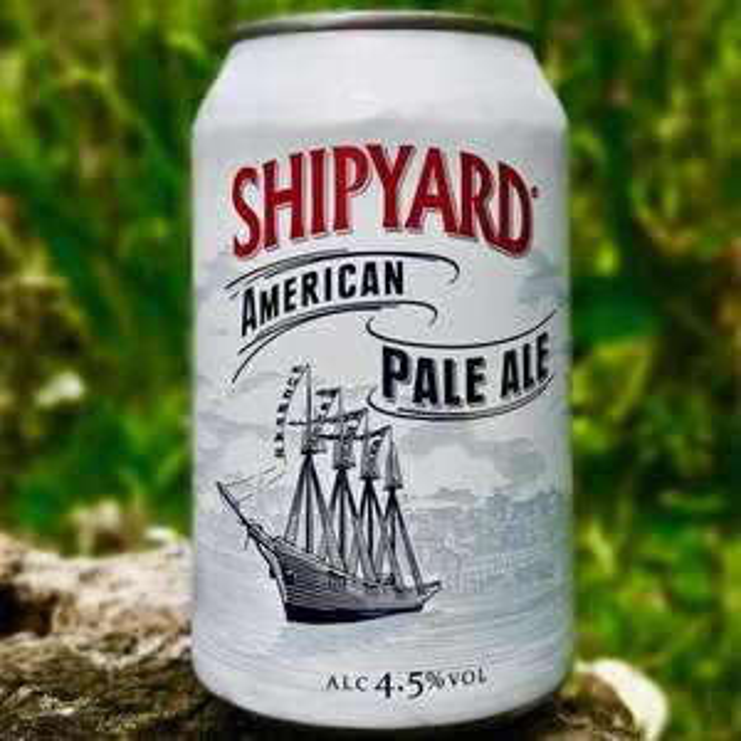 SHIPYARD American Pale Ale 4.5% 10 x 330mml cans fridge pack @ Home Bargains - £7.99