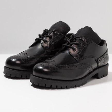 AFTERMATH MILAN Brogue Shoes, Black hi shine (Size 6 - 12) £22 Delivered @ Zalando