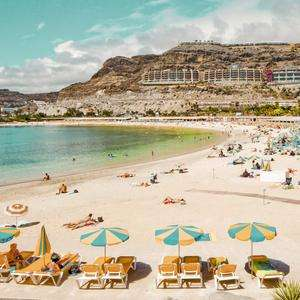 Last minute deal £88PP to Gran Canaria on the 1st July from Gatwick. Based on 4 sharing at Thomas Cook