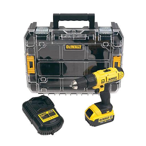 Dewalt Cordless 18V 4Ah Lithium-ion Combi drill 1 battery DCD776M1T-GB - £115 @ B&Q