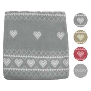 Nordic Fleece Throw in Cream / Grey / Red (125 x 150cm) £4.98 Delivered at OnlineHomeShop