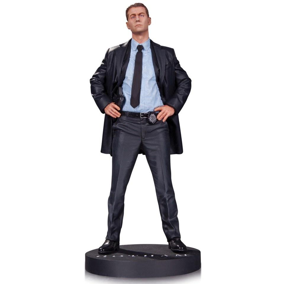 DC Collectibles DC Comics Gotham James Gordon 1:6 Scale Statue @ Zavvi £15.98 inc delivery