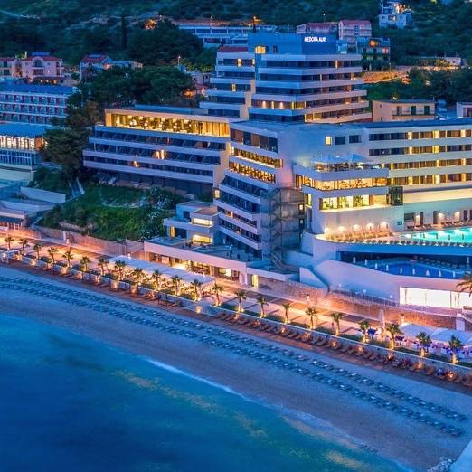 5 Nights Podgora Croatia  2 People October - 4* Resort inc breakfast & leisure access + Luton Rtn Flights = £196pp (£392) @ Voyage Prive