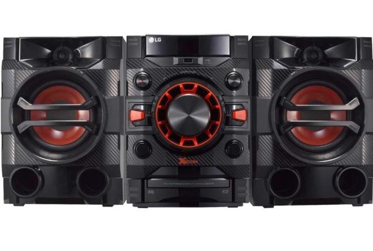 LG LOUDR CM4360 230 W Home Audio System with Bluetooth, CD, Radio Boom Box - Black £59.99 Amazon Prime