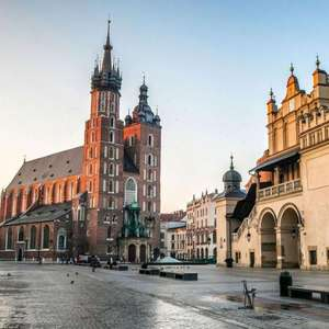 3 nights in Krakow for just £54 each (total £108) including flights and apartment @ booking.com