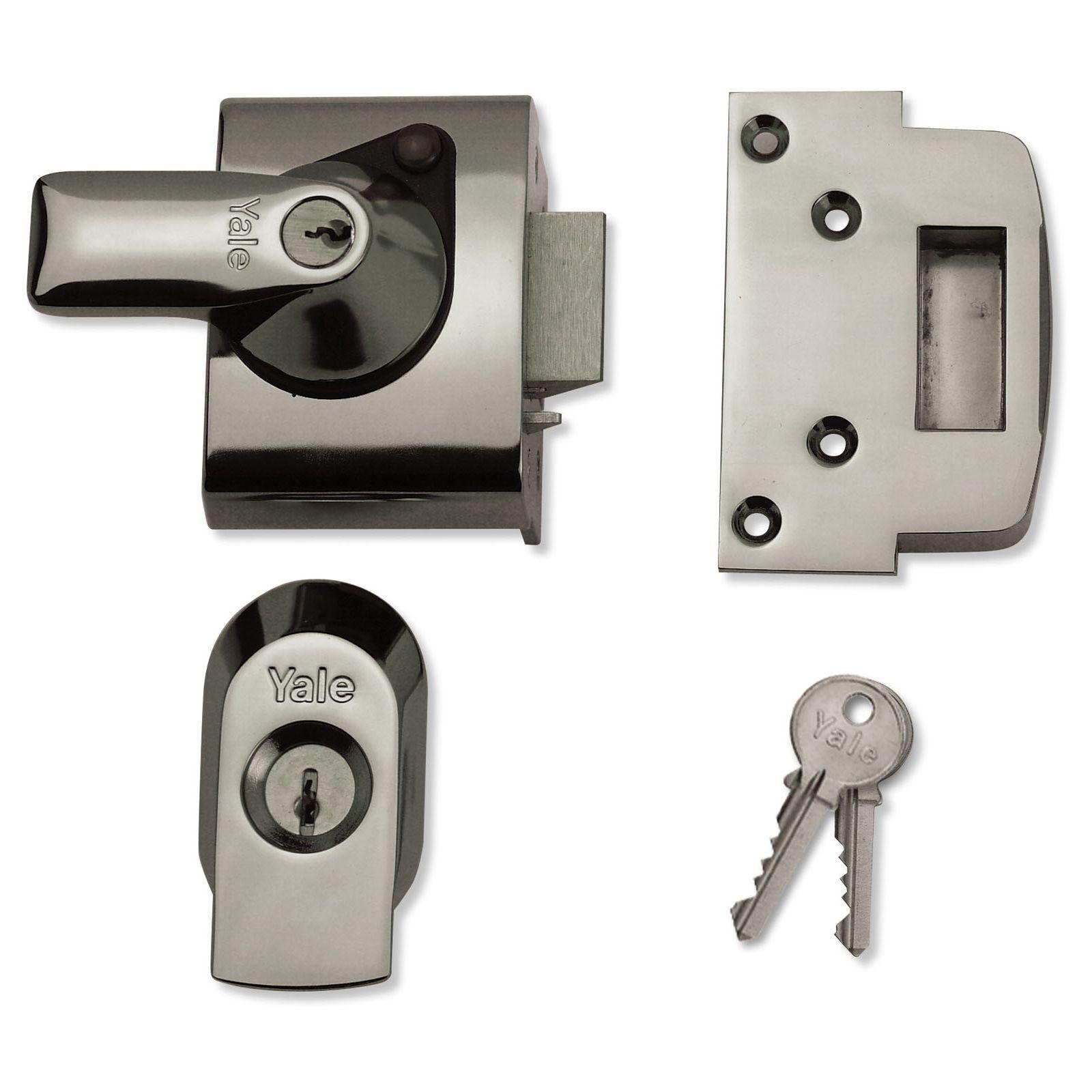 Yale BS2 British Standard Nightlatch 40mm or 60mm - Chrome for £21.90 @ Homebase (+10 years guarantee)