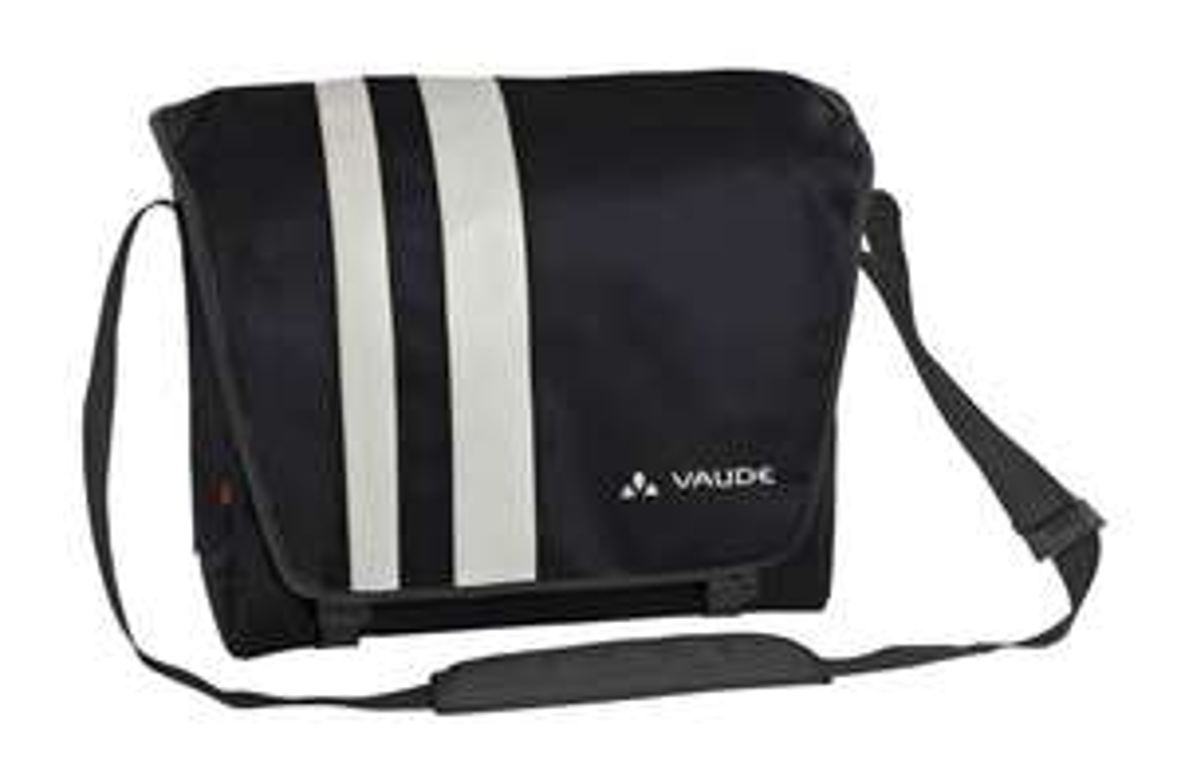 Vaude Bert Bag, 29 x 34 x 11 cm, 14 Litres, £24.10 at Amazon