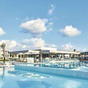 £100 off Per Booking on 2 week short or Mid Haul Holidays using voucher code @ TUI