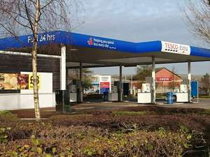 Tesco 10p off per litre of fuel with £60 spend - Starts 5th August