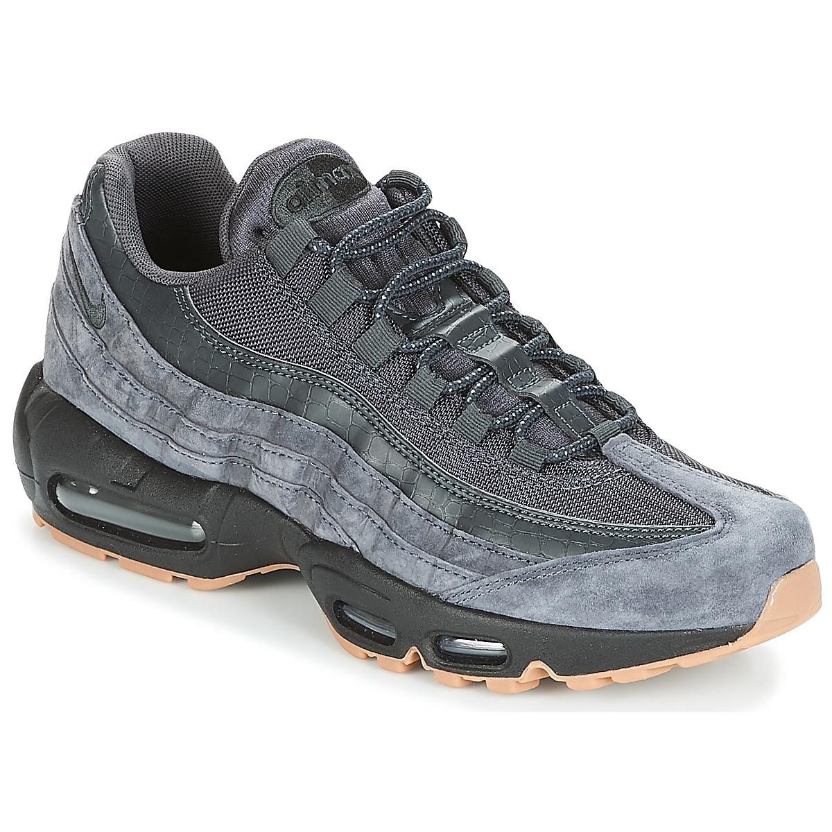 pretty nice 98b41 ba1e0 Nike Men's Air Max 95 Se Aj2018-002 Low-Top Sneakers from ...