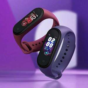 Original Xiaomi Mi Band 4 Original Bracelet (3 colour Heart Rate Fitness 135mAh Color Screen Bluetooth 5.0) £19.84 with new user coupon at AliExpress