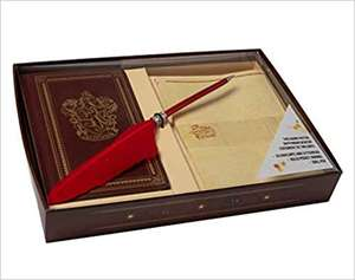 Harry Potter: Gryffindor: Desktop Stationery Set (With Pen) (Harry Potter Stationery) £10.44 Prime / £13.43 non Prime