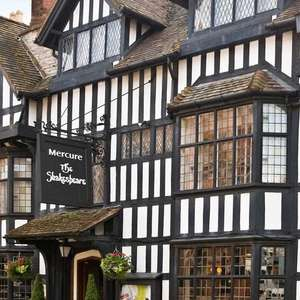 Overnight stay Mercure Stratford-upon-Avon Shakespeare Hotel - includes Bottle of wine + breakfast for 2 people - from £59 @ Travelzoo