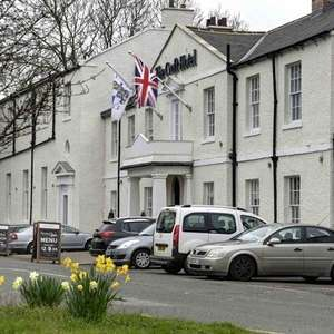 Hotel break with dinner, B&B and a bottle of wine for family of 4 - £99 @ My Hotel Break