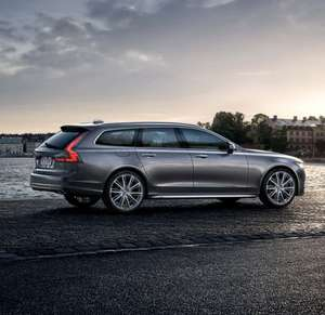 NEW VOLVO V90 Estate(SAVE 30%) 2.0 T4 Momentum PLUS 8 speed Geartronic now £27,569 @ New car discount.com