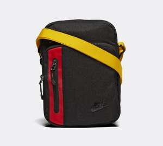 Nike Core Small Items 3.0 Bag  £14.99 @ Footasylum (Free C&C) £13.49 new customers