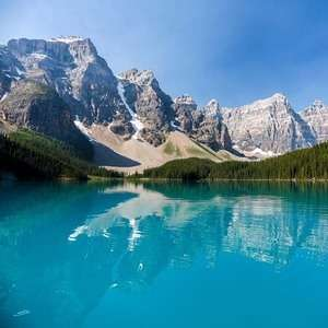 7 nights Banff Canada holiday £553pp Oct 2019 from London Heatrow - £1,659 at Expedia 3 People