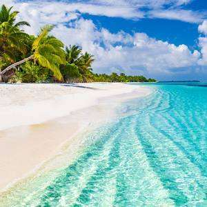 October 2019 - Departs from London - 6 Nights - Maldives Holiday via Hotels.com - £847pp - £2466 Total - 3 People